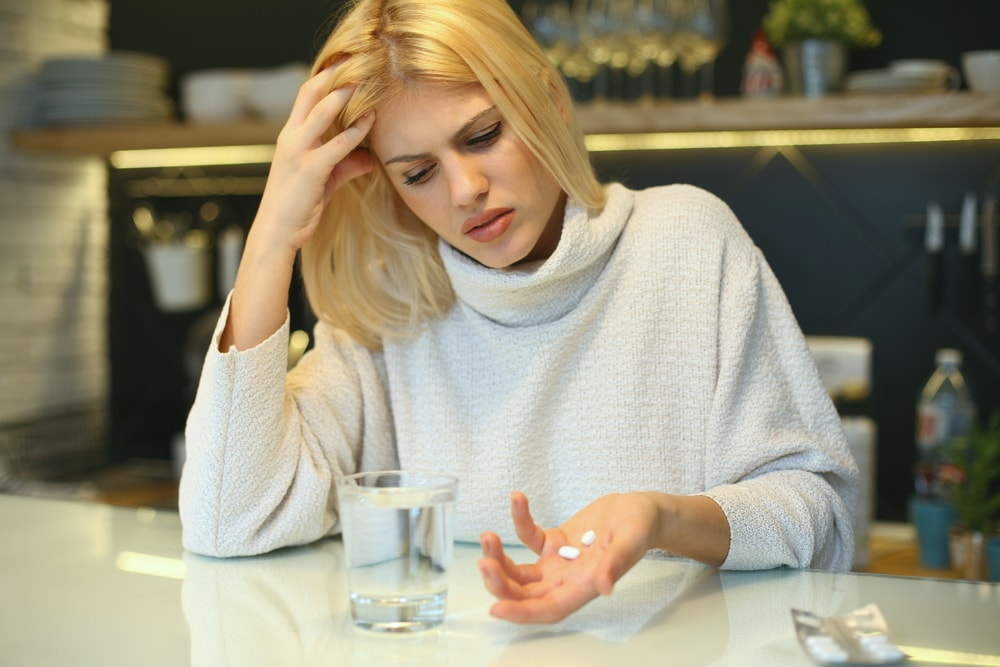 Addiction to Pain Pills: Causes, Symptoms, and Treatment